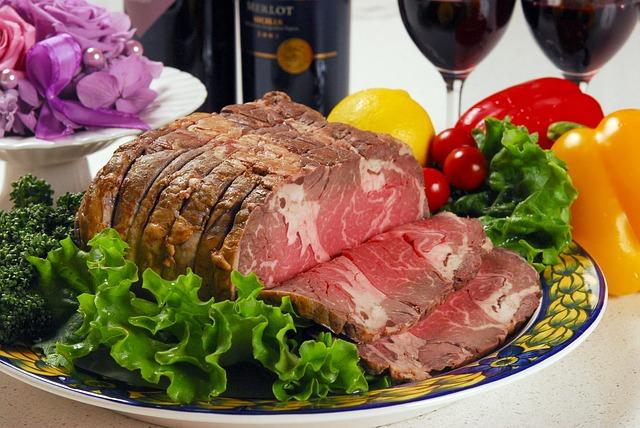 חתיכות בשר עם ירקות