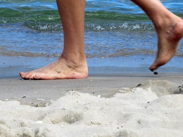 ריצה ברגליים יחפות